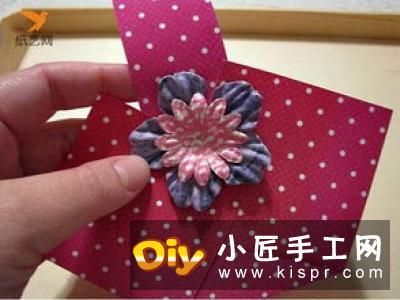 简单又漂亮纸花做法 幼儿制作卡纸花的教程